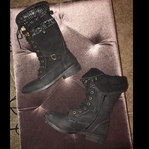 Shoes - winter combat boots☠️
